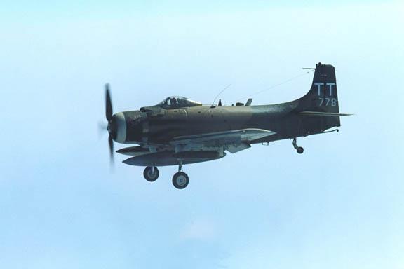 A-1J Skyraider Tt778ww