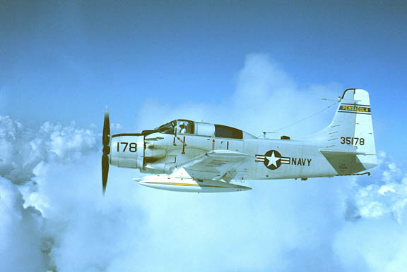 Robert S  DeGroat's Skyraider Warbird photos